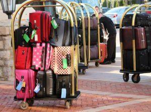Welche Arten von Reisetaschen mit Rollen gibt es in einem Test?