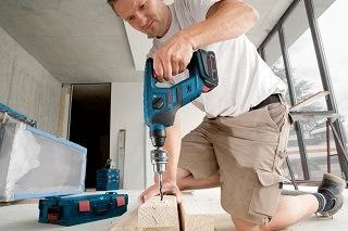 Der GBH 18 V-LI Compact Bohrhammer ist sehr einfach zu bedienen Test