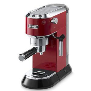 Frontansicht der DeLonghi EC 680.R Espressomaschine mit Siebträger