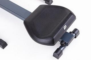Der höhenverstellbare Sattel gewährleistet eine optimale Sitzposition Test