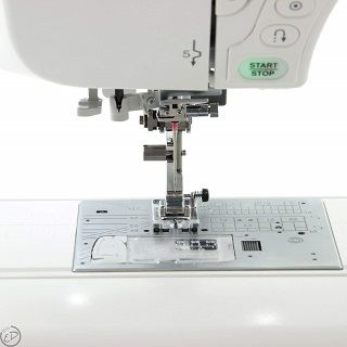 Die MC 8200 QCP Nähmaschine ist sehr einfach zu Bedienen Test
