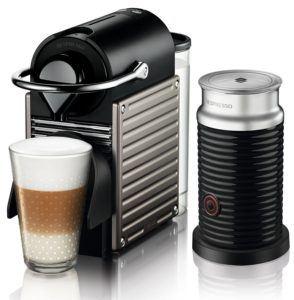 Milchaufschäumer im Set mit der Krups Pixie XN301T Nespresso Maschine