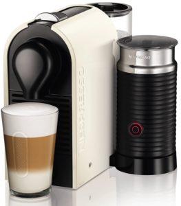 Fertiger Kaffee mit der Krups XN2601 Nespresso Maschine
