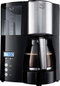 Schwarze Filterkaffeemaschine von Melitta Optima Timer 100801 im Test