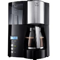 Schwarze Filterkaffeemaschine mit Kaffee von Melitta Optima Timer 100801 im Test