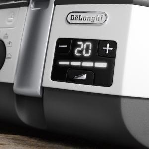 Bedienung der DeLonghi Fritteuse ohne Fett Digitales Bedienfeld Test