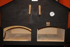 Die direkte Befeuerung im Holzbackofen Praxistest
