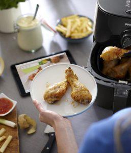 Was man alles mit der Philips HD962190 Turbostar Fritteuse ohne Fett zubereiten kann im Test