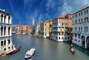 mit demKinderwagen in Venedig