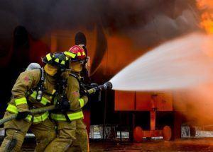 Verwenden Feuerwehr und Polizei Helmkameras?
