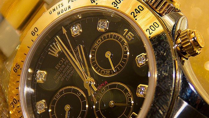 headerbild_Top-50-Uhren-Shops-Uhrzeit-ch-test
