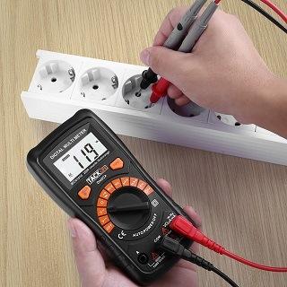 Das DM02A Multimeter hat viele Vorteile im Test gezeigt