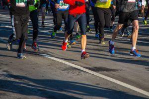 Laufband Training für Marathon