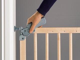 Das Treppenschutzgitter Dolle Pia im Test und Vergleich