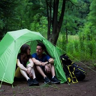 Das Cloud-up 3 Personen Zelt wird getestet