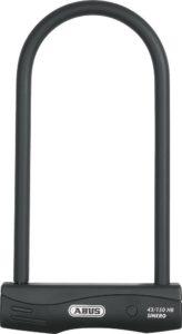 Der Sinero 43 (mit 230 oder 300 cm Länge) ist im Test empfohlen für die Absicherung guter Zweiräder Sinero.