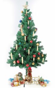 Weihnachtsbaumbeleuchtung kabellos von Sunjas wird mit einer Batterie in jeder einzelnen Kerze betrieben.