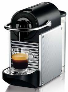Welche Arten von Kaffeemaschinen mit Mahlwerk gibt es in einem Testvergleich?
