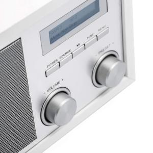 Nach diesen Testkriterien werden DAB Radio bei ExpertenTesten.de verglichen