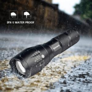 Robustheit und Wasserfestigkeit beim Kauf der LED Taschenlampe im Test und Vergleich