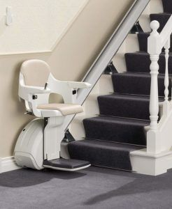 Nennenswert Vorteile aus einem Treppenlift Testvergleich für Kunden