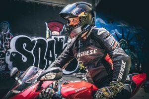 Welche Arten von Motorrad Headset gibt es in einem Testvergleich?