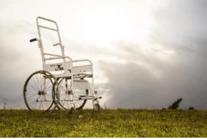 Internet gegen Fachhandel: Wo kaufe ich meinen Rollstuhllift am Besten?