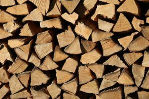 Holzvergaser Brennholz