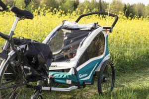 Qeridoo-Kidgoo-2 beim Befahren von Wald- und Feldwegen