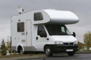 Nach diesen Testkriterien werden Camping Sat Anlagen bei uns verglichen