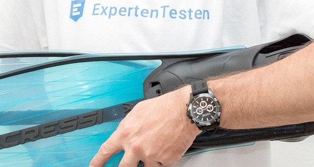 Professionelle Taucheruhren Nereus von Cressi im Test - Das weiche Kautschukarmband mit Edelstahlschliesse ist im Design an das Gehäuse der Uhr angepasst