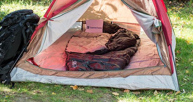 Der strapazierfähige Kompakt 4-Season Hütten-Schlafsack von Steinwood schützt Sie bei jedem Wetter und lässt Sie gemütlich, wie im eigenen Bett schlafen