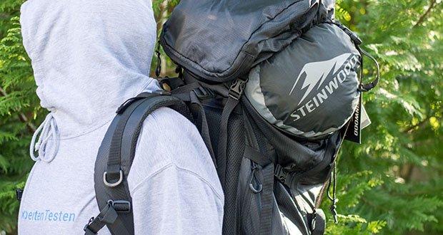 Steinwood Premium Hütten- Mumien-Schlafsack im Test - Leichter Transport durch mitgelieferten Kompressionssack