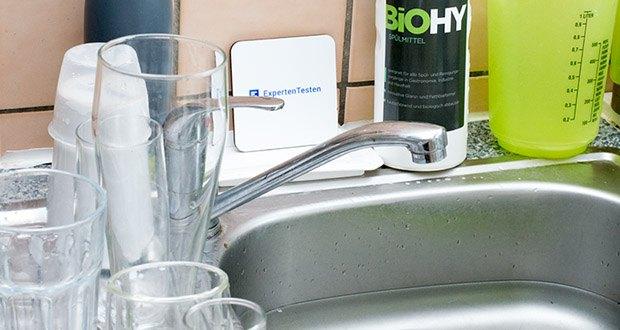 BIOHY Geschirr-Spülmittel im Test - Inhaltsstoffe: 5–15 % anionische Tenside, < 5 % nichtionische Tenside, Phenoxyethanol, Duftstoffe (Linalool, Limonene)