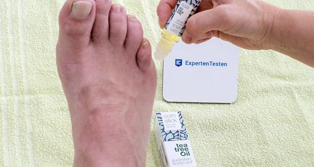 Australian Bodycare corn stick Hornhaut & Hühneraugen Entferner im Test - die pflegenden und natürlichen Inhaltstoffe des Hühneraugenentferners pflegen die betroffenen Stellen ohne die Haut auszutrocknen