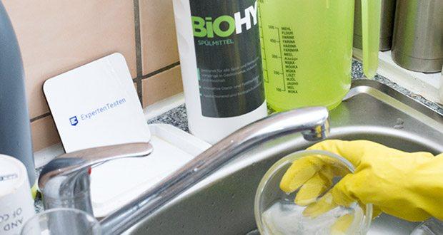 BIOHY Geschirr-Spülmittel im Test - ist zudem äußerst hautschonend und sparsam im Verbrauch