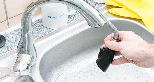 Homelody Küchenarmatur im Test - die ausziehbare Dual-Spülbrause ist bis zu 40-50 cm lang und sorgt für maximale Bewegungsfreiheit im Küchenbereich