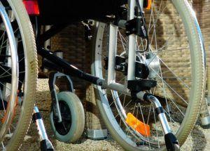 AktionMensch kündigen Detailansicht eines Rollstuhls