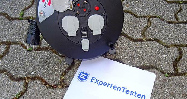 Brennenstuhl Kabeltrommel im Test - mit einer guten Standfestigkeit durch stabilen Doppelfuß