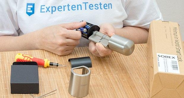 SOREX FLEX Fingerprint & RFID Türöffner im Test - Lebensdauer Batterie: ca. 1 Jahr (akustische Signale erinnern rechtzeitig an Batteriewechsel)