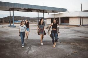 H&M Gutschein vier Girls