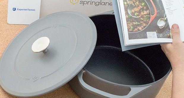 Springlane Gusseisen Bräter Cocotte im Test - dank des hitzebeständigen Deckelknaufs aus Edelstahl nimmst du den Deckel ohne Gefahr während des Kochens oder beim Servieren ab