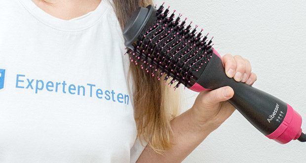 Aokebeey Multifunktions Warmluftbürste im Test - mit dem um 360 Grad drehbaren 2-Meter-Anschlusskabel können Sie Ihr Haar in jedem Winkel leicht glätten