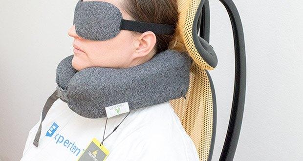 HIKENTURE Reise Nackenkissen im Test - das Nackenhörchen ist durchdacht nach der Ergonomie designt und passt ausgezeichnet um Ihren Nacken