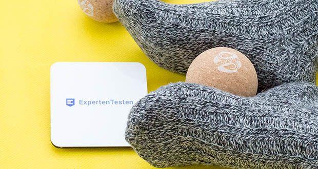 SAPURA Faszienball aus Naturkork im Test - dank der geringen Oberfläche dringt der Massagedruck tief ins Gewebe ein und löst damit selbst hartnäckigste Triggerpunkte