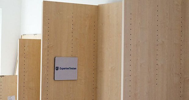 schrankwerk.de online Kleiderschrank Konfigurator im Test - die Möbel werden absolut sicher in stabile Pakete verpackt und durch eine renommierte Spedition direkt bis in Ihre Wohnung und an den Bestimmungsort geliefert