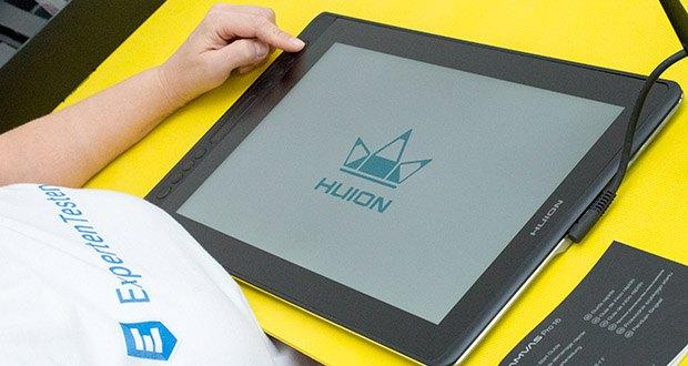 HUION Grafiktablett Kamvas Pro 16 im Test - die Verwendung von Vollkaschierungsglas und Blendschutzglas verringert nicht nur die schädliche Blendung durch das Umgebungslicht, sondern verbessert auch den Betrachtungswinkel und die Helligkeit des Displays