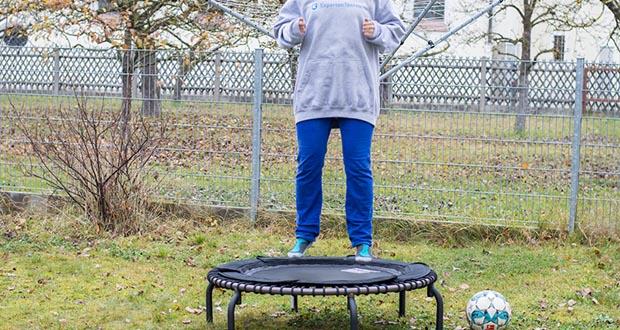 JumpSport Mini-Fitnesstrampolin Modell 570 im Test - die individuelle Trainingsintensität des Nutzers: vom sanften Schwingen bis zum dynamischen Workout!