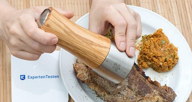 Peugeot Pfeffermühle Madras aus Olivenholz im Test - der angeschnittene Pfeffer bleibt im Vergleich zu zerstoßenem Pfeffer länger frisch