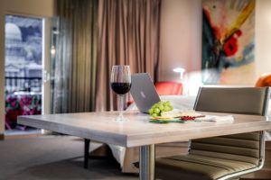 Aktionen für bestimmte Möbel auf der Homepage im Test